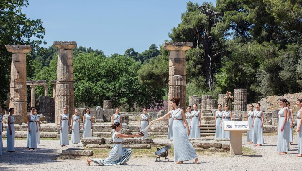 3 Days Classical Tour of Greece (Corinth Canal-Epidaurus-Mycenae-Olympia-Arachova-Delphi)